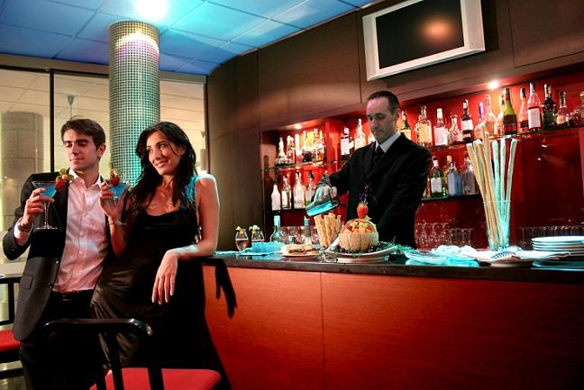 cocktail bar 50